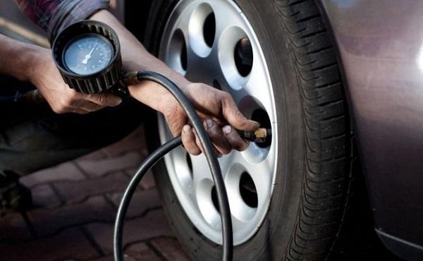 Для чего нужно контролировать давление в шинах